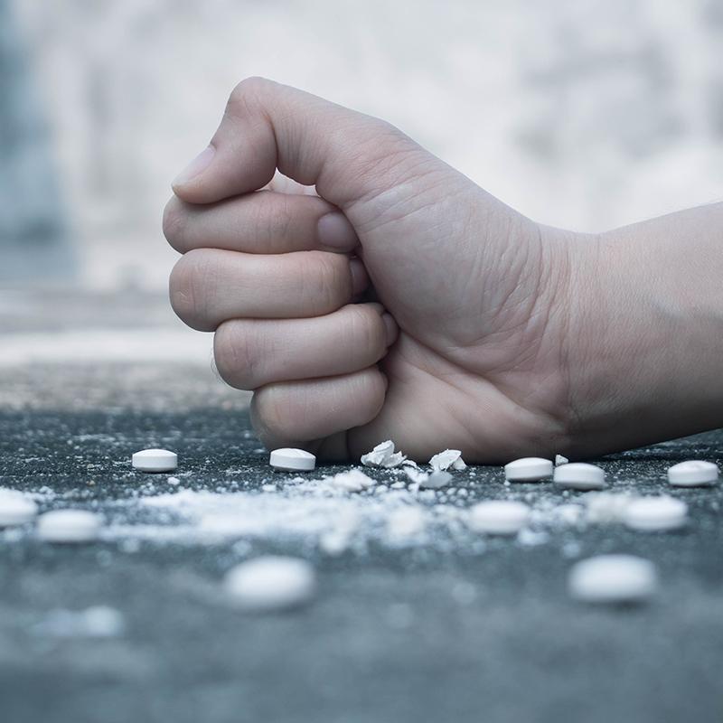 Drogfritt samhälle i samarbete med Riksorganisationen ett narkotikafritt samhälle. Föreläsningar för bl.a skolor.